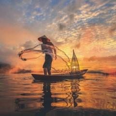 AU FIL DU MEKONG - Du 20 mars au 01 avril 2020 - Ce voyage enchanteur, conçu par Croisières d'exception en partenariat avec le magazine GEO, vous fera embarquer sur l'un des plus beaux bateaux naviguant sur le Mékong : le RV Indochine II. Vous découvrirez Angkor, Phnom Penh ou Hô Chi MinhVille. Entre splendeurs et tragédies, nos conférenciers vous offriront un regard panoramique sur ce coin du monde, agrémenté d'anecdotes et de témoignages. Eric Meyer, rédacteur en chef de GEO embarquera à vos côtés sur cette croisière. Pendant ce voyage, il abordera avec vous les secrets de fabrication de votre magazine et vous donnera des conseils photos dans le cadre du concours photo qui sera organisé à bord. Chantal Forest, spécialiste de la destination et directrice de croisière, abordera le passé historique de cette région du monde… Un voyage qui s'annonce riche en émotions !