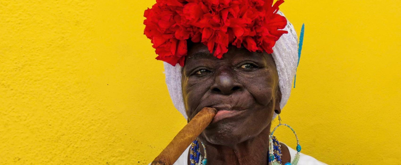 Cuba femme cigare