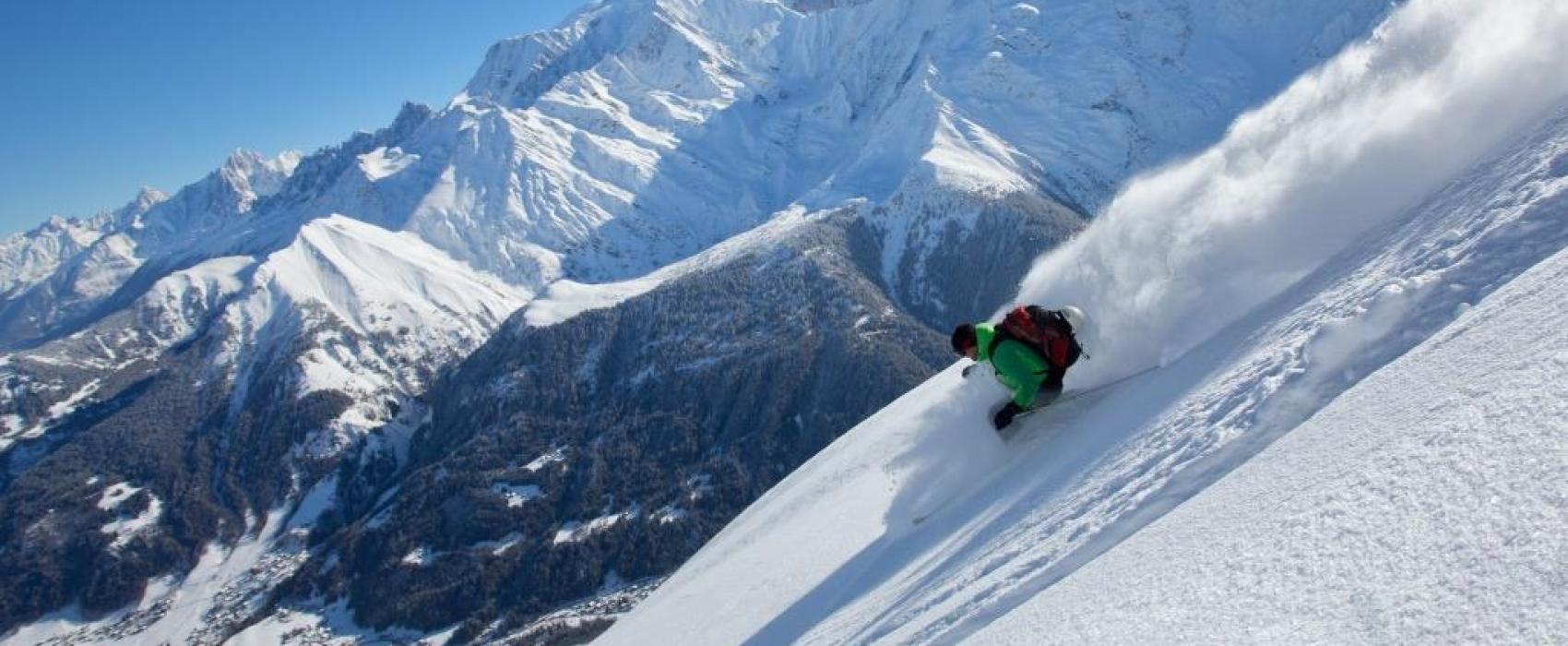 Montagne et skieur